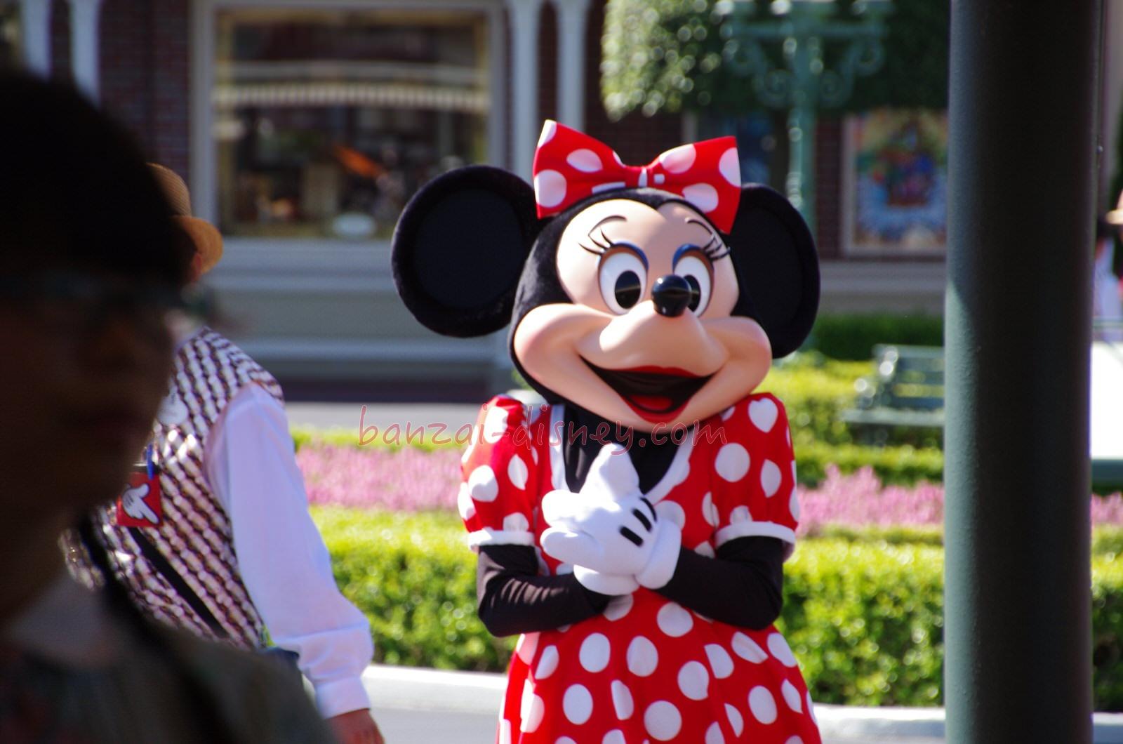 ミニーの新しい声は誰が担当する?後任の声優は遠藤綾さん!